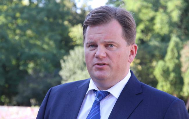 Набеглого экс-губернатора Мельничука незаводили дело вНацполиции