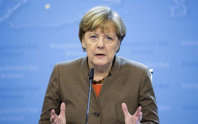 Фото: Меркель заявила про необхідність негайного прогресу в мінських угодах