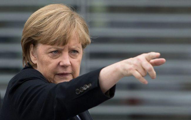 Меркель: Украина должна получит доступ кгранице сРоссией