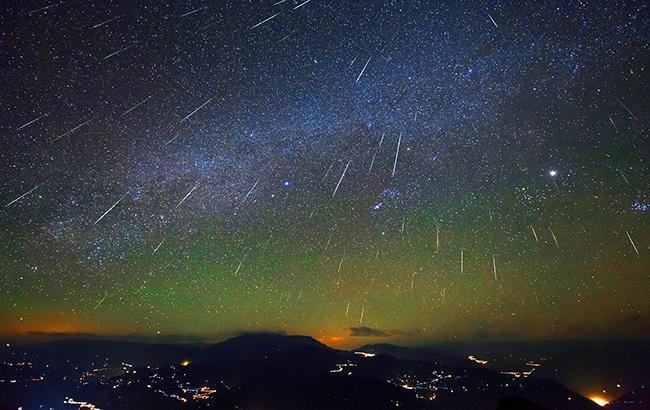 Фото: Метеоритний дощ (nasa.gov)