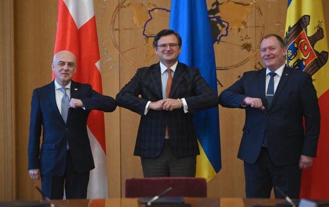 Ассоциированное трио совершит первый совместный визит в Брюссель