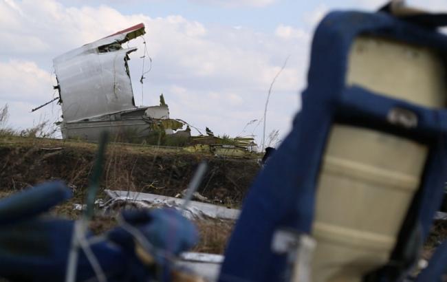 Фото: катастрофа МН17 на Донбассе