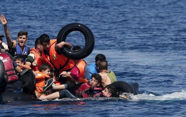 Судно со110 мигрантами затонуло врайоне Ливии