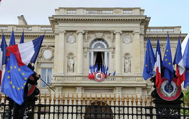 Франция требует гарантий для наблюдателей ОБСЕ вДонбассе— МИД