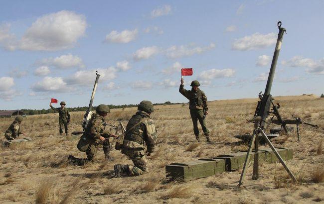 Беларусь превратилась в военный округ России, - разведка Эстонии