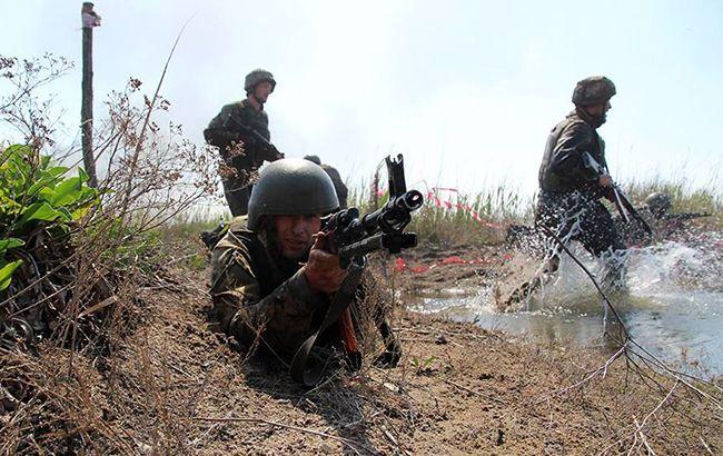Бойовики обcтріляливантажівку сил ООС, є втрати серед українських військових