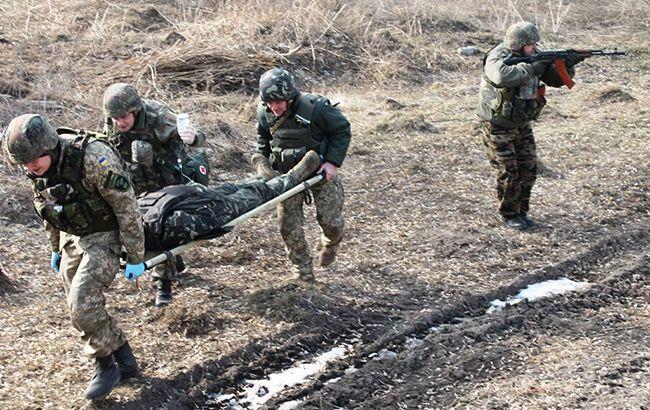 Оккупанты ранили украинского воина из неизвестного оружия: медики в замешательстве (фото)
