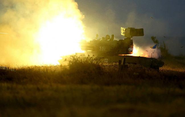 На Донбассе боевики продолжают обстреливать силы АТО из запрещенного вооружения