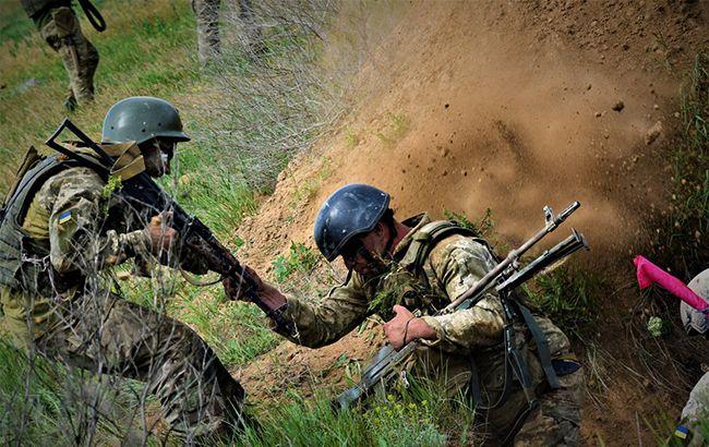 Боевики из запрещенного вооружения обстреляли Водяное