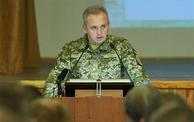 Муженко назвал численность войск РФ на Донбассе