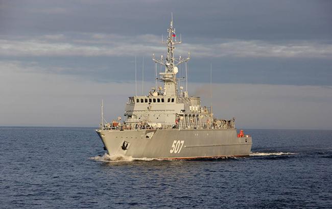 Латвія заявила про наближення двох російських військових кораблів
