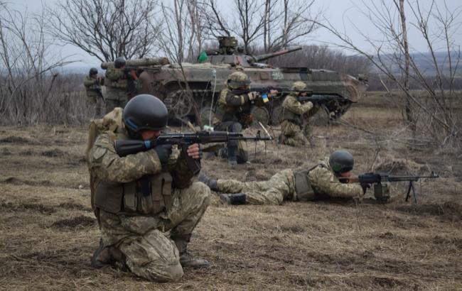 В зоні АТО за добу загинув один військовий, ще четверо постраждали, - штаб