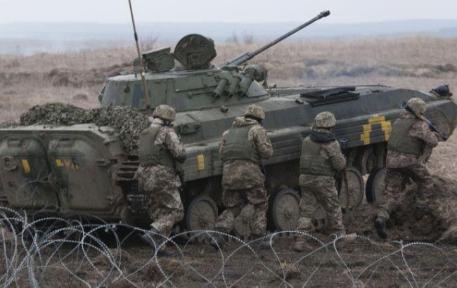 На Донбасі за добу бойовики 12 разів порушили режим перемир'я, - штаб АТО