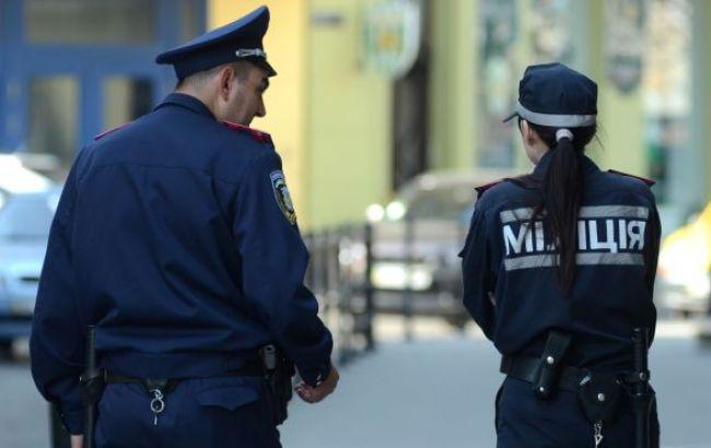В Киевской обл. на взятке в 1,3 млн грн задержаны два чиновника