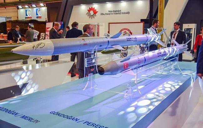 Турция впервый раз проверила свои баллистические ракеты
