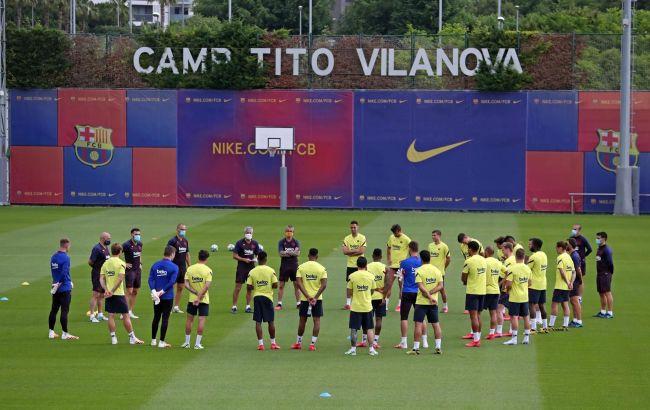 """Пять игроков """"Барселоны"""" сдали положительный тест на коронавирус"""