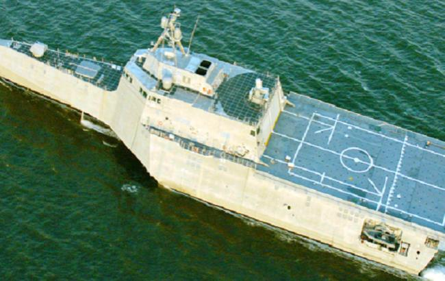 """Фото: боевой корабль прибрежной зоны ВМС США """"Монтгомери""""(LCS-8)"""