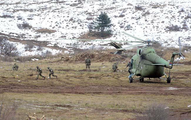 Сербія розпочала військові навчання біля Косова