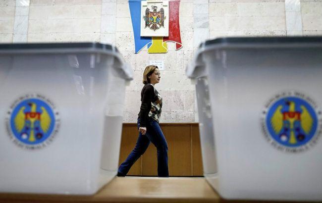 Фото: первый тур выборов в Молдове состоялся 30 октября