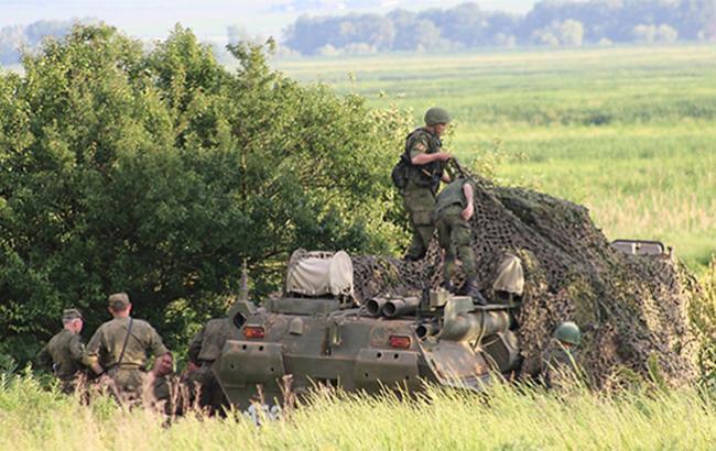 Російські цивільні громадяни доставлені з Сирії на військову базу в РФ - Reuters