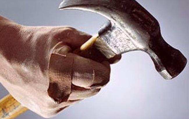 Фото: Злодій з молотком напав на жінку (pda.fedpress.ru)