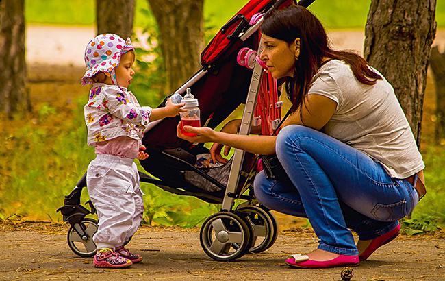 Фото: Женщина с ребенком (pixabay.com-reksik004)