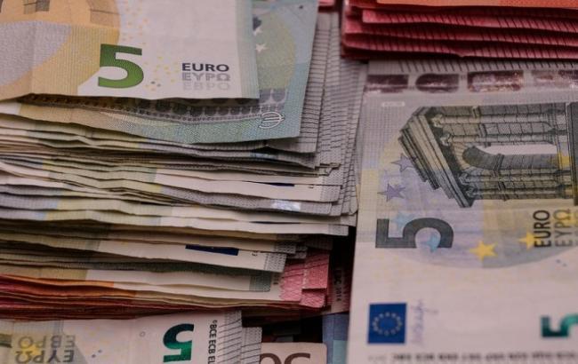 Фото: Банкноти євро (pixabay.com/ru/users/Taken)