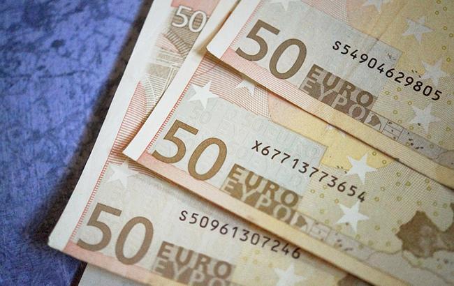 НБУ на 23 жовтня встановив курс євро на рівні 32,27 грн/євро