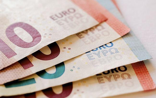 НБУ опустив офіційний курс євро нижче 30 грн/євро