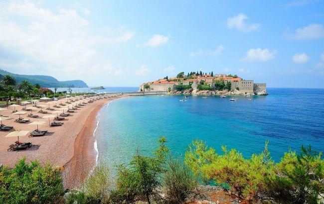 """""""Море красиве, їжа недорога"""": тонкощі відпустки в Чорногорії у 2021 році"""