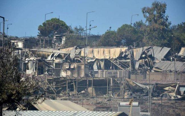 У згорілому таборі біженців у Греції спалахнула нова пожежа