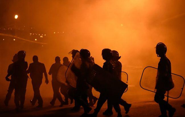 Фото: протестующие требовали вывода американских баз с территории Европы
