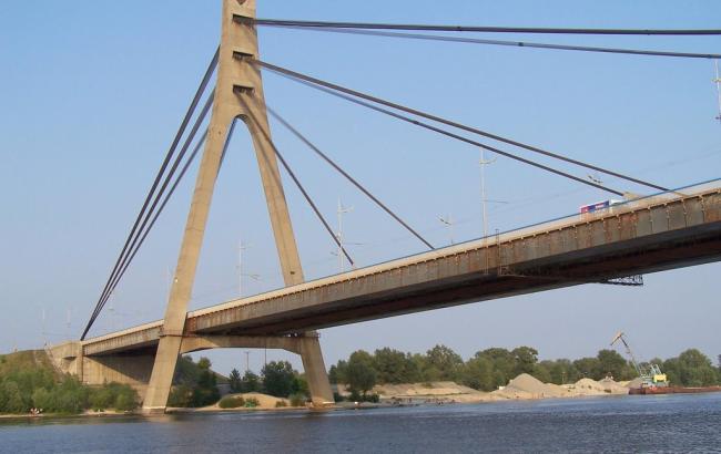 Фото: Московский мост в Киеве
