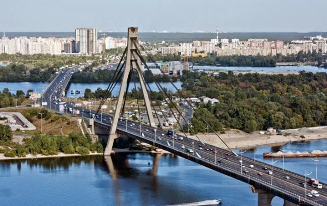 Фото: Московський міст у Києві