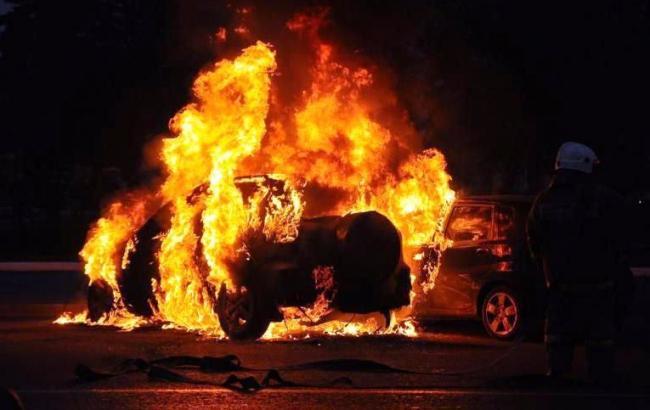 В Днепропетровской области сожгли машину редактора местного сайта