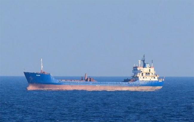 За місяць впорти Криму зайшли 26 суден