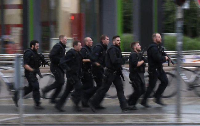 Фото: поліція веде спецоперацію в Мюнхені про затримання преступнико