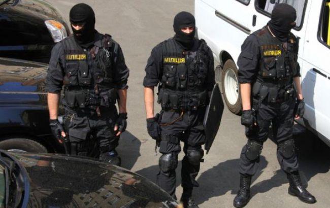 МВД констатирует нелегальный вывоз оружия украинскими военными и волонтерами из зоны АТО