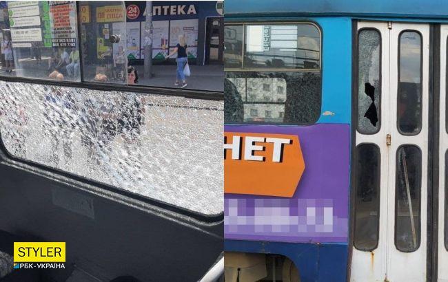 У Харкові невідомі обстріляли трамвай, в якому знаходились пасажири (фото)