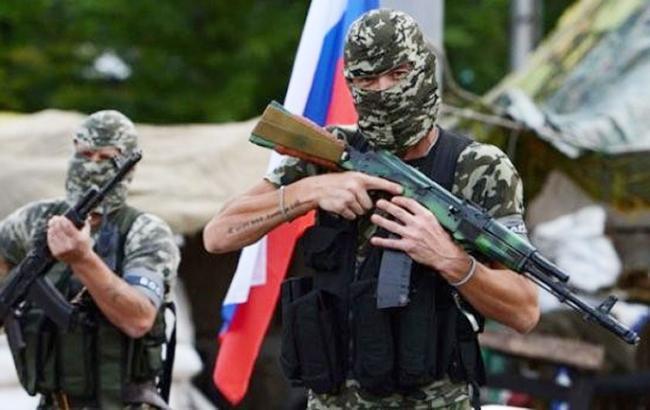 Фото: боевики на Донбассе (mykolaivka-rada.gov.ua)