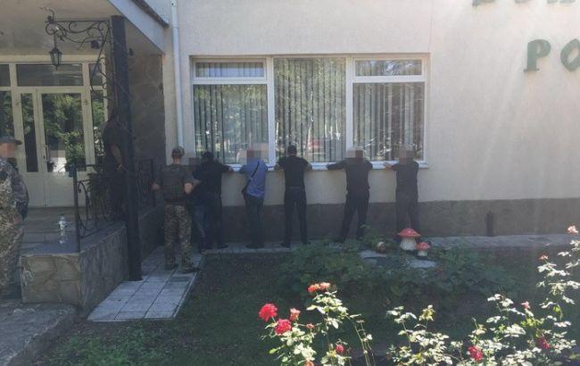 Фото: момент задержания уголовников