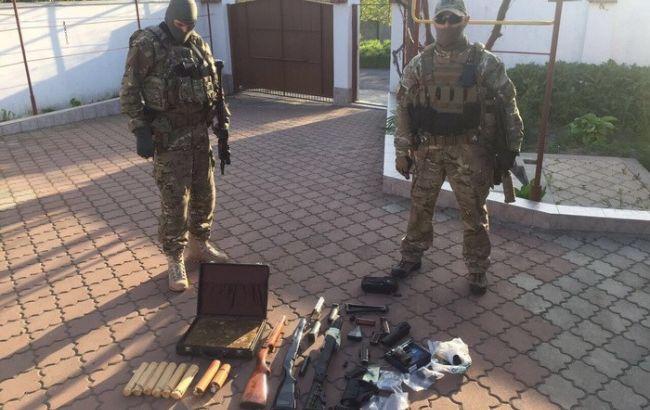 СБУ задержала торговцев оружием иззоны АТО