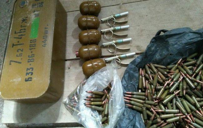 СБУ обнаружила в зоне АТО два тайника с боеприпасами