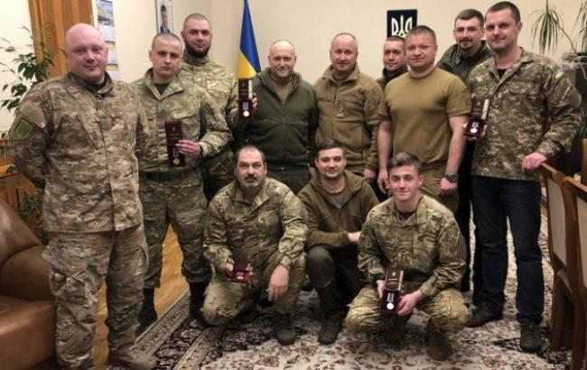 Українських добровольців вшанували державними нагородами