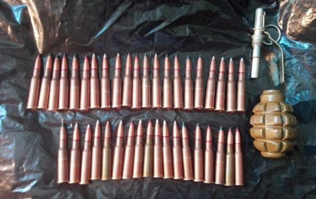 В Одесской области разоблачили мужчину, который незаконно торговал оружием