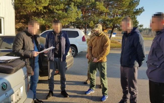 """У Полтавській області на спробі підкупу співробітника СБУ затримали """"кримінального авторитета"""""""