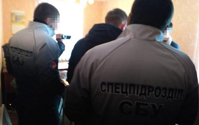 СБУ задержала на взятке чиновника ГИС в Николаевской области