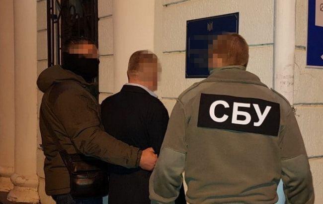 СБУ разоблачила коррупционную схему на таможне в Херсонской области