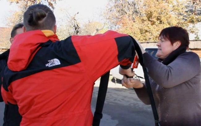 В Житомирі власниця оздоровчого комплексу напала на журналістів