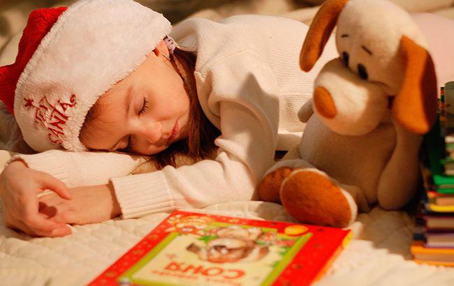 День Святого Миколая: що покласти дитині під подушку